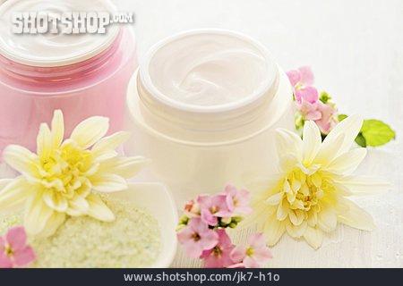 Moisturizer, Cream Pot, Body Lotion