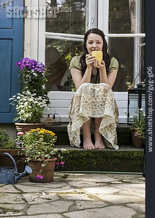 Woman, Domestic Life, Relaxation & Recreation, Rural Scene