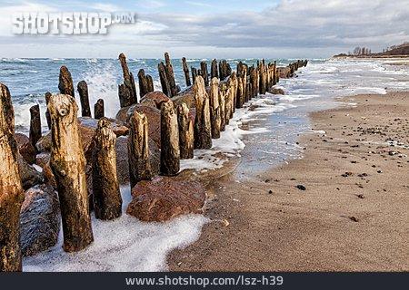 Baltic Sea, Groyne