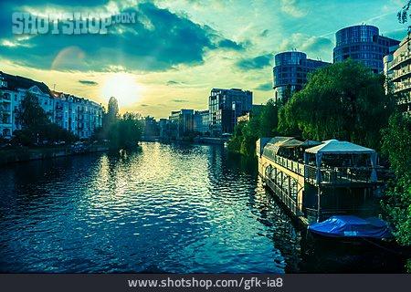 Berlin, Spree River, Bank Of The Spree River
