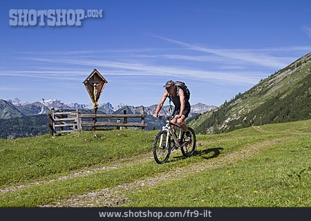 On The Move, Cyclists, Cycling, Karwendel