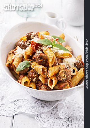 Pasta, Italian Cuisine, Meatballs, Salsiccia