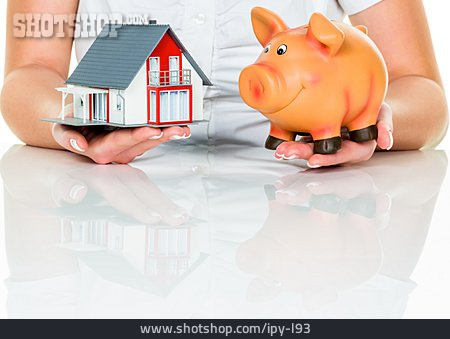 Piggy Bank, Savings, Model House, Buying House