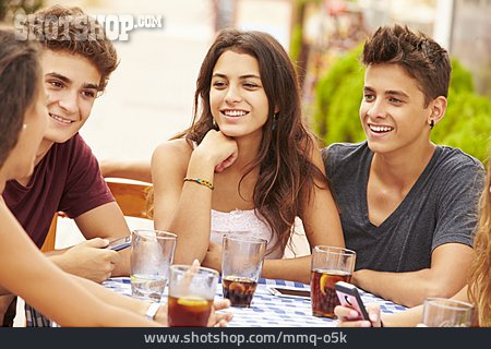 Teenager, Entertainment, Eating & Drinking