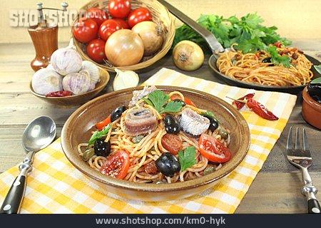 Italian Cuisine, Lunch, Spaghetti Alla Puttanesca