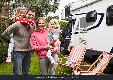 Camper, Camping, Camping
