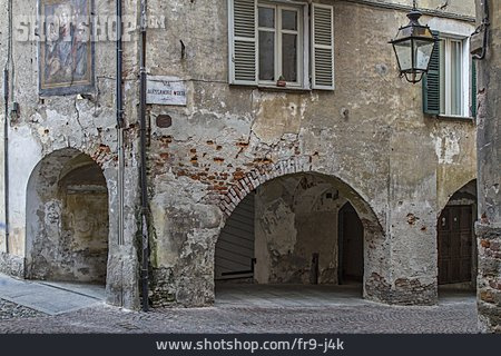 Old House, Saluzzo