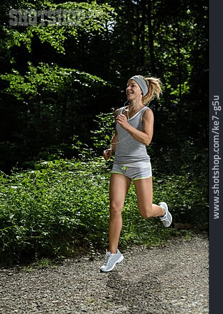 Young Woman, Sports & Fitness, Running, Runner