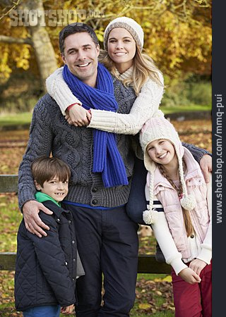 Autumn, Family