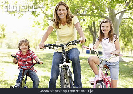 Family, Cycling, Family Outing