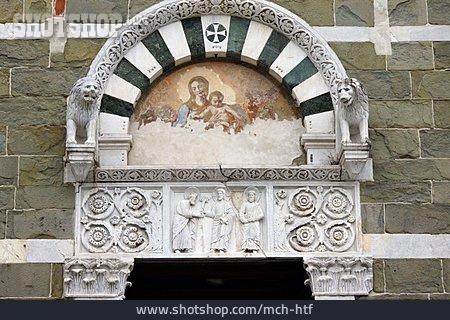 Portal, San Pietro Somaldi