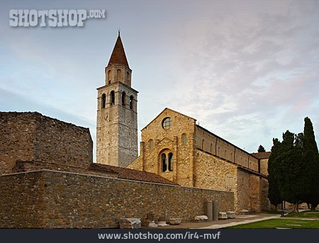 Church, Aquileia