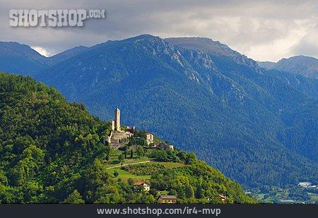 Dolomites, Borgo