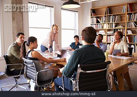 Meeting & Conversation, Meeting, Brainstorming