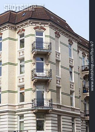 Multifamily, Apartment, Corner House