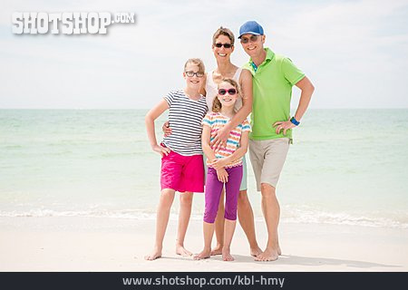 Beach Holiday, Family Outing, Family Vacations