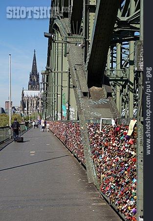 Cologne, Hohenzollern Bridge, Love Castle