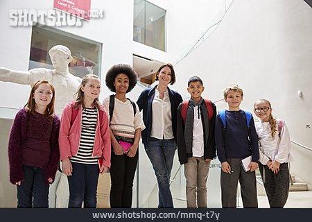 Museum, Teacher, School Class