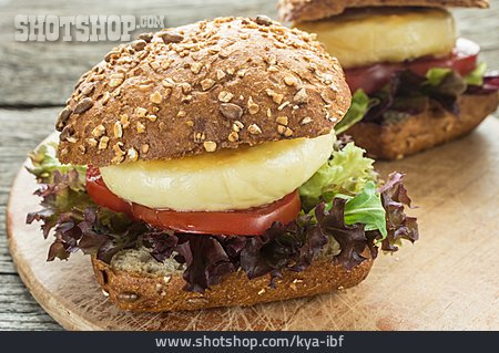 Vegetarian, Burger, Halloumi