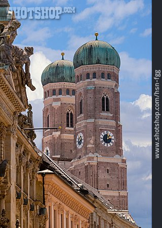 Frauenkirche, Munich, Bell Towers