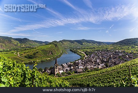 Moselle Valley, Moselle River, Bremm