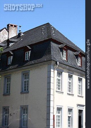 House, Multifamily, Slate Roof