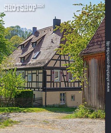 Timbered, Bächlingen