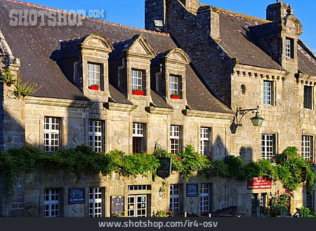 House, Medieval, Locronan