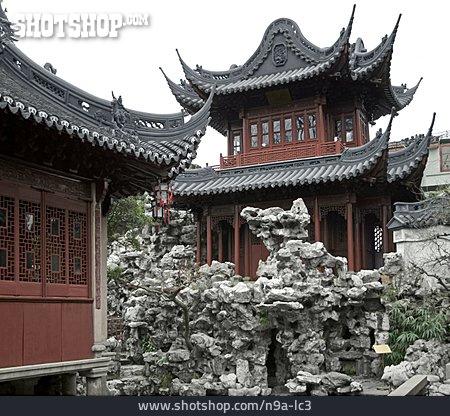 Formal Garden, Pavilion, Yuyuan Garden