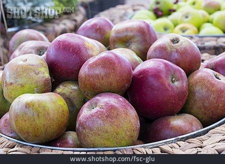 Market Stall, Apples