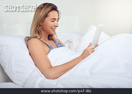 Woman, Bed, Reading, Tablet