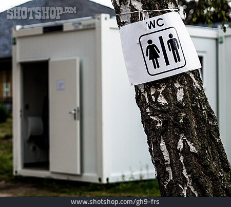 Toilet, Wc, Public Restroom
