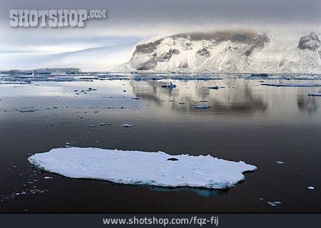 D'urville Island, Antarctic Sound