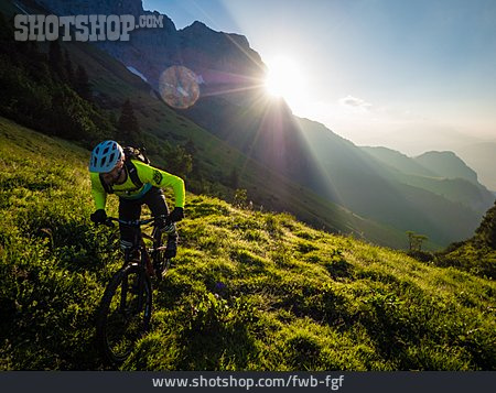 Extreme Sports, Up, Mountain Biker