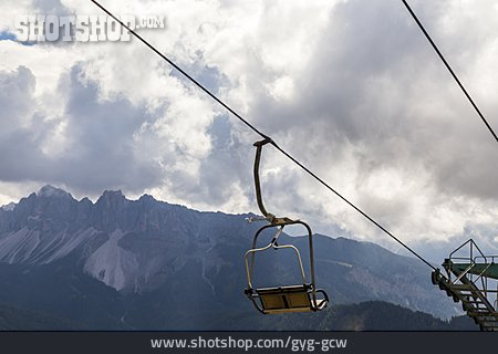 Dolomites, Chairlift
