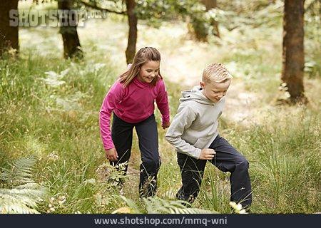 Nature, Uphill, Siblings