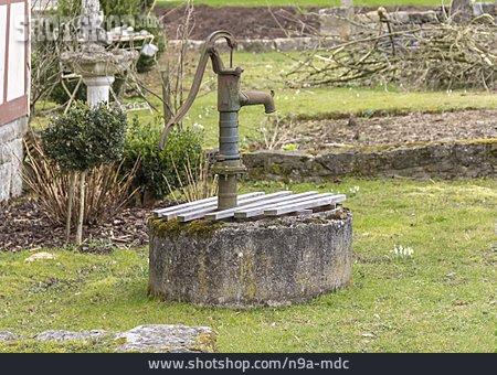 Fountain, Water Pump