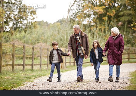 Grandson, Walk, Grandparent
