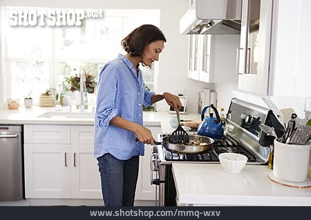 Woman, Cooking, Lunch