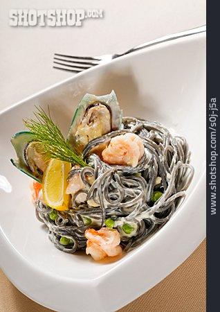 Pasta, Clam, Cuttlefishinknoodles