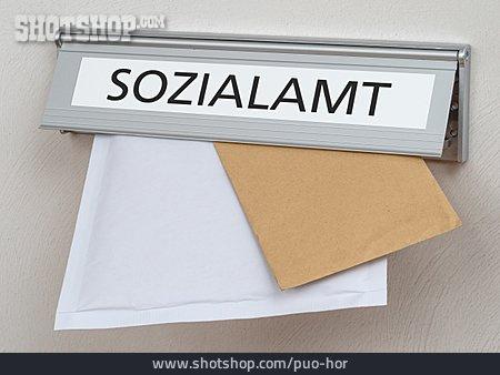 Social Welfare, Mailbox Lock