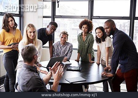 Listening, Explaining, Colleagues