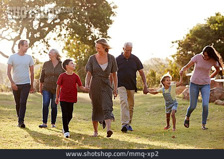 Walk, Family, Generations