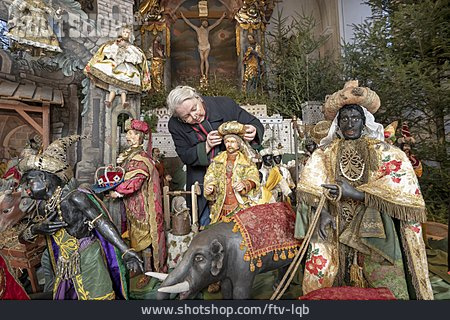 Holy Three Kings, Christmas Tradition