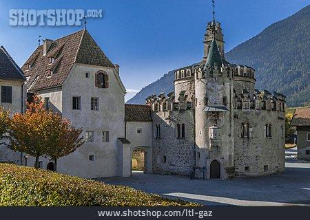 Engelenburg, Stift Neustift