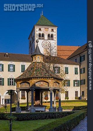 Stiftskirche, Stift Neustift, Brunnenhaus