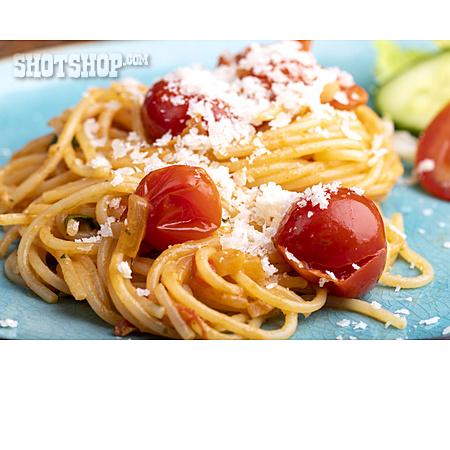Spaghetti, Parmesan, Cherry Tomato
