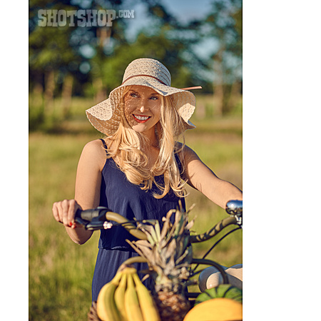 Summer, On The Move, Bicycle, Sun Hat