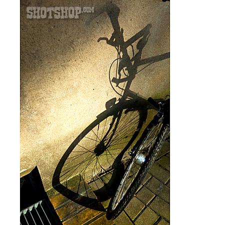 Bicycle, Shadow, Backyard