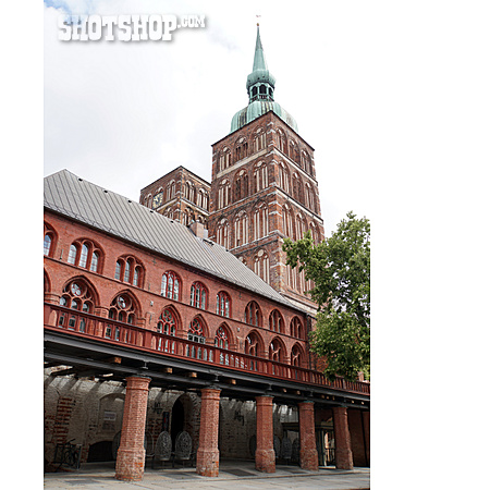 Stralsund, Brick Gothic, Nikolaikirche